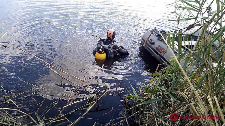 В Одесской области из озера достали тело утонувшего рыбака