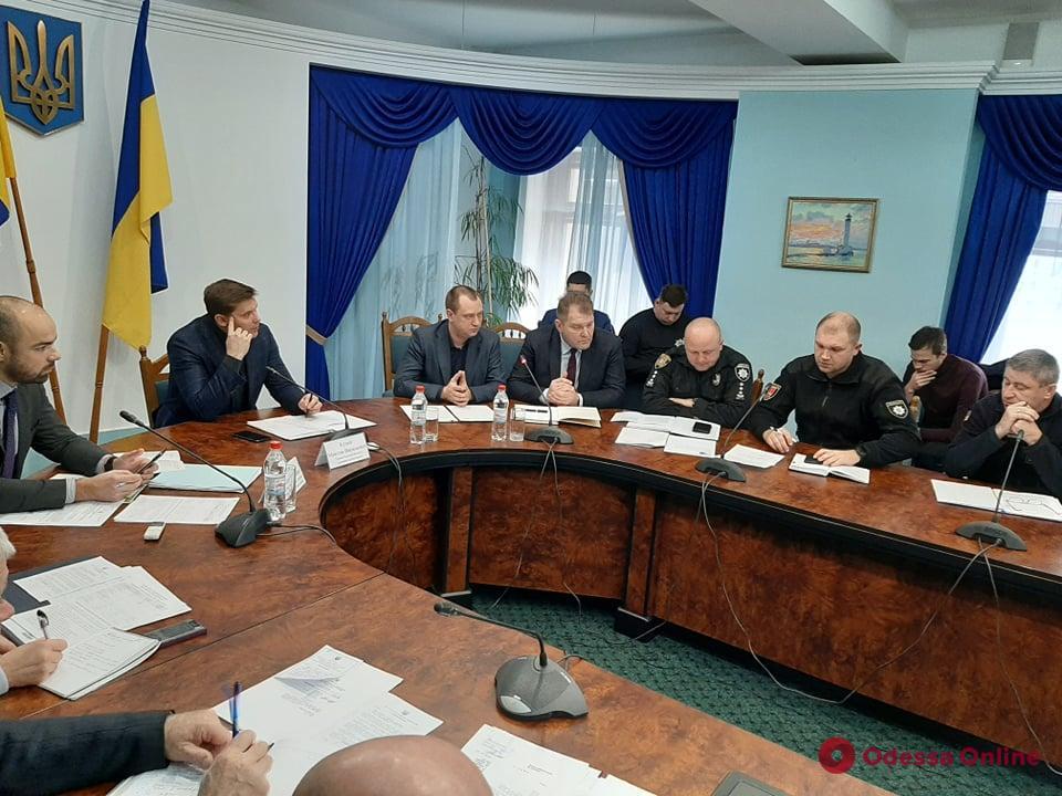 Налоговая, полиция, прокуратура объединились для борьбы с нелегальными заправками в Одесской области