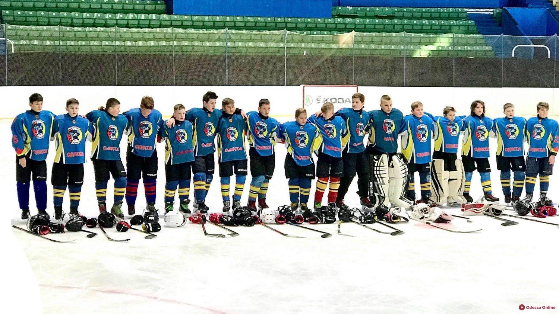 Одесские хоккеисты провели две серии буллитов с командой из Богуслава
