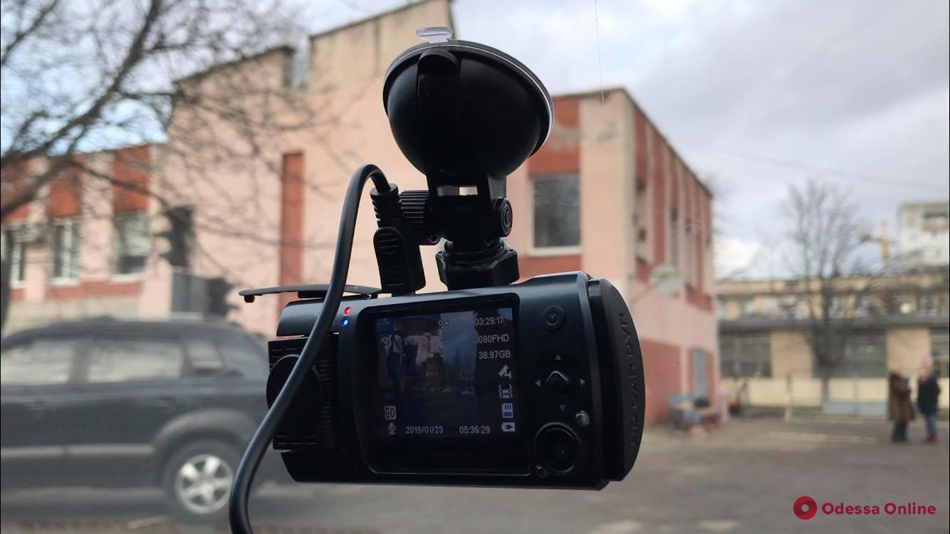 Еще меньше коррупции: в Одесской области экзамен по вождению будут снимать на видео