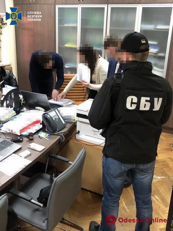 Чиновников Одесской облгосадминистрации подозревают в присвоении 1,6 миллиона