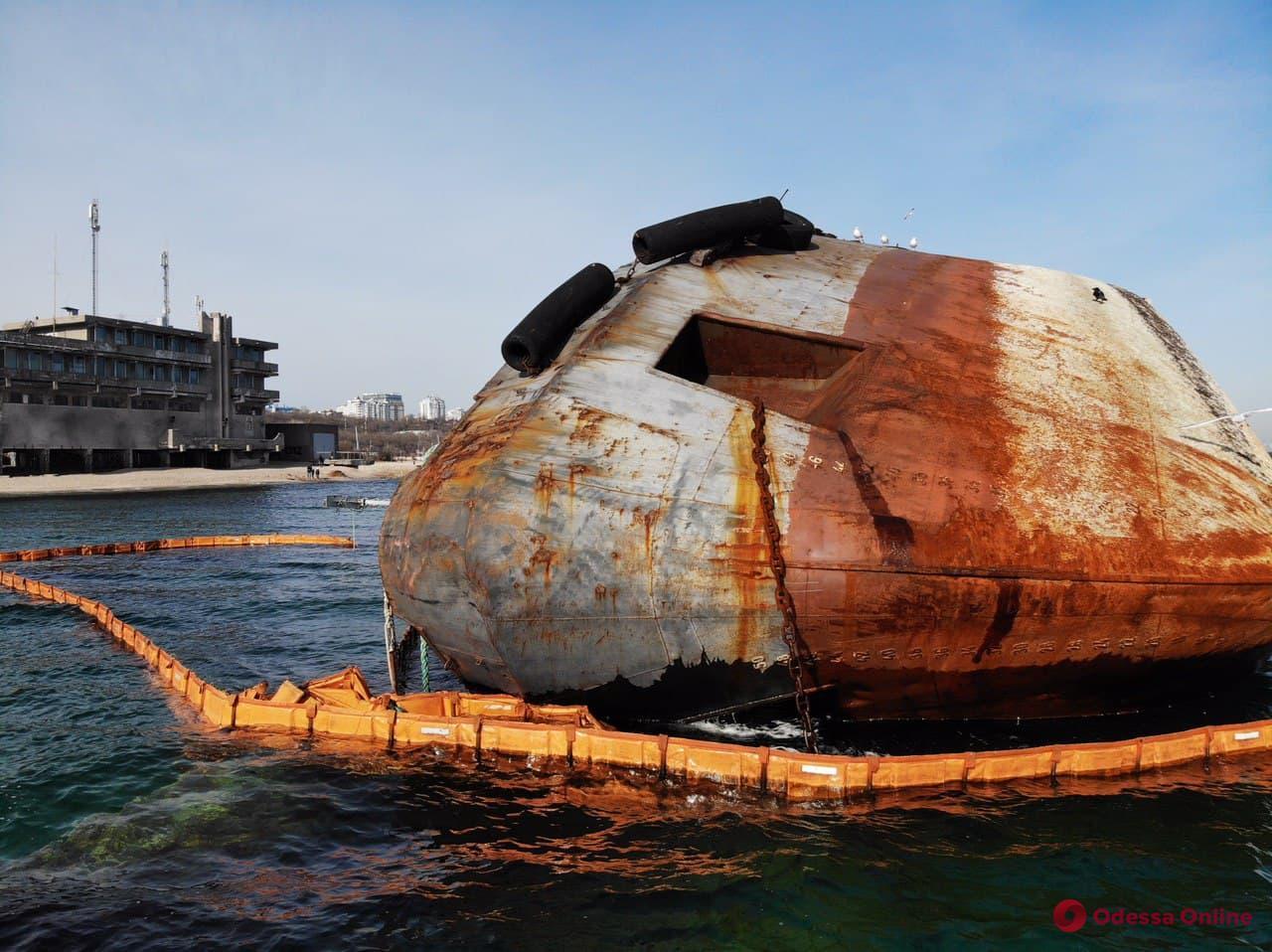 Суд отпустил капитана танкера Delfi под «честное слово»