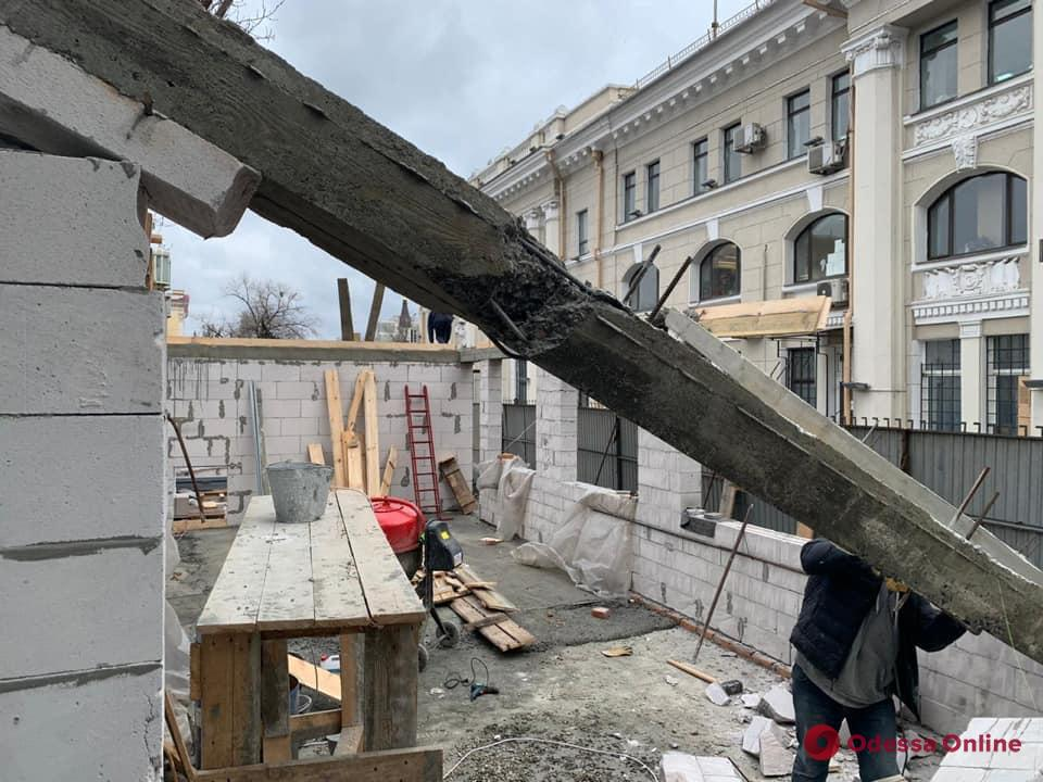 ГАСК остановил незаконное строительство на Привокзальной площади