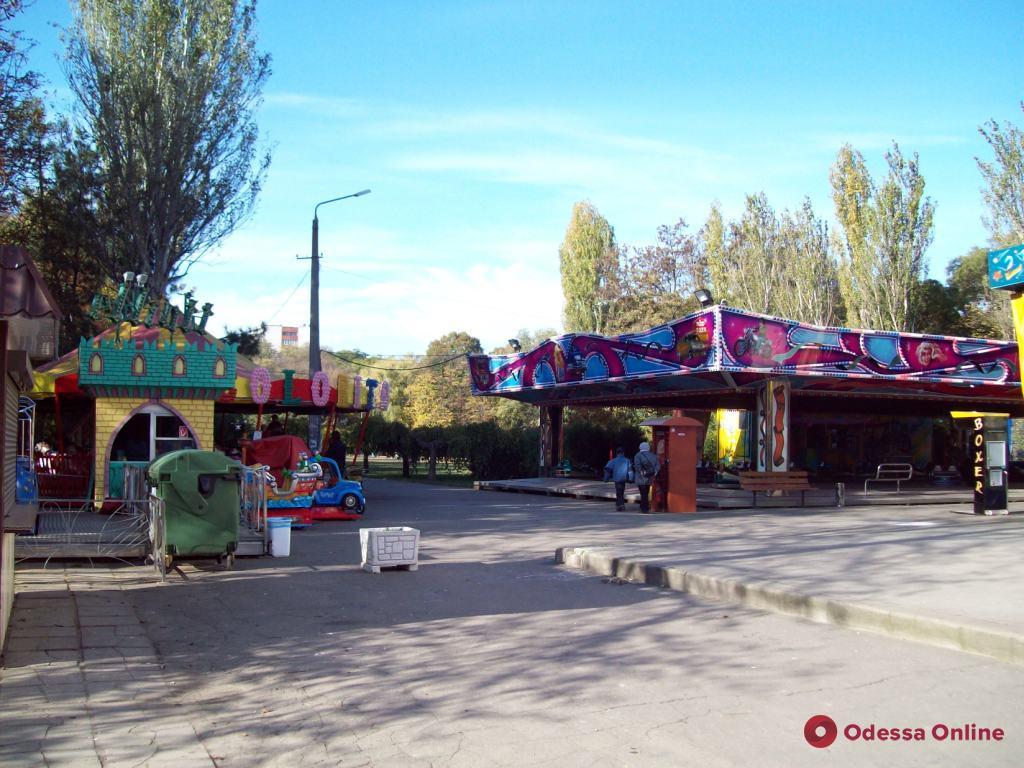 Ночью в парке Горького тушили пожар на детской площадке