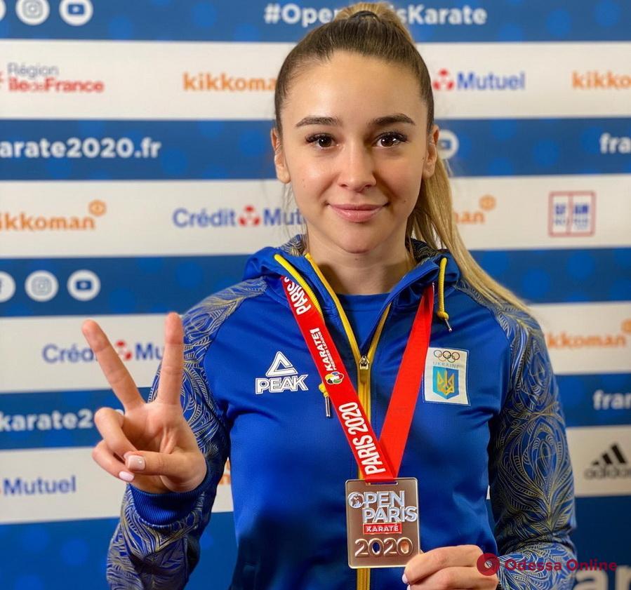 Одесская каратистка завоевала «серебро» международного турнира в Париже