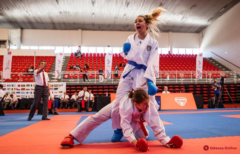 Очаровательная одесситка завоевала «золото» международного турнира по каратэ