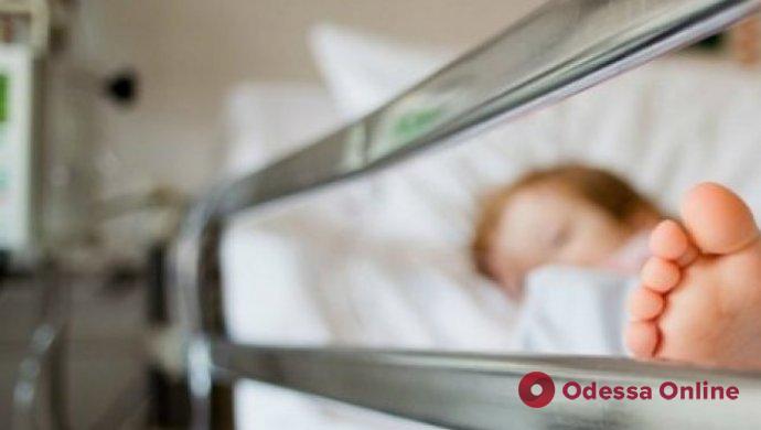 В Одессе двухлетний ребенок проглотил капсулу со стиральной жидкостью и попал в реанимацию (обновлено)