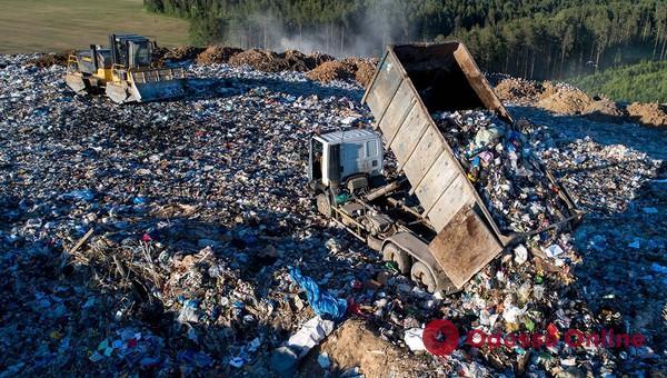 В Одесской области большинство мусорных полигонов работает с нарушениями