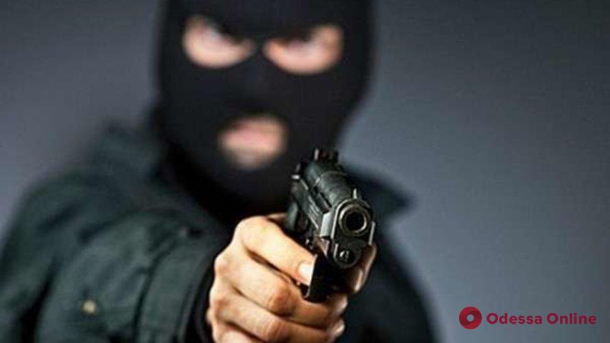 Под Одессой обезвредили магазинных грабителей (видео)