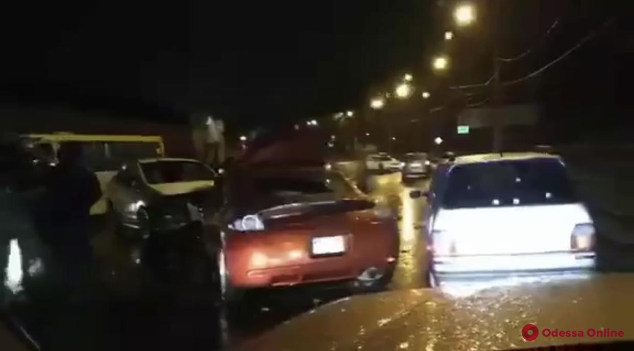 На Водопроводной столкнулись три автомобиля (обновлено)