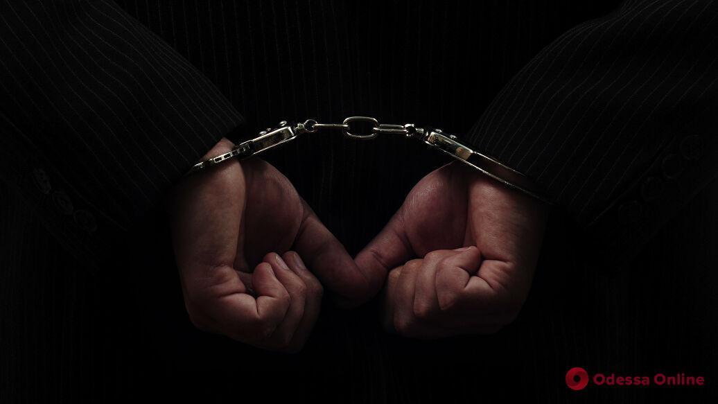 Вышел, ограбил, обратно в тюрьму: на Таирова поймали 21-летнего рецидивиста