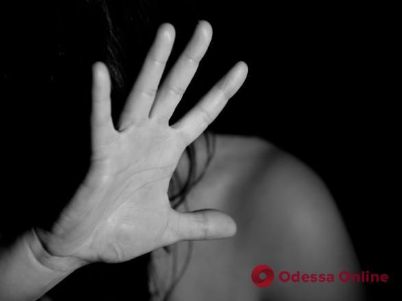 В Одессе сотрудника полиции подозревают в изнасиловании несовершеннолетней девушки (обновлено)