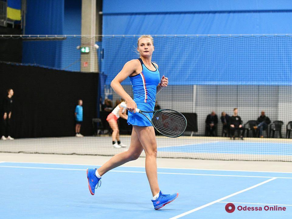 Теннис: одесские теннисистки дружно победили в составе сборной Украины