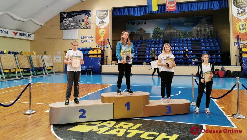 Стрельба из лука: одесситка завоевала титул чемпионки Украины