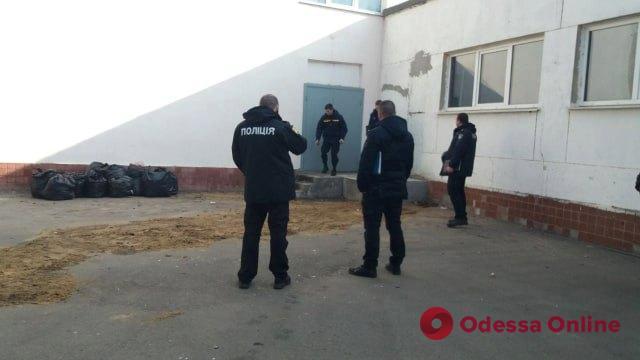 В школе на поселке Котовского разлили вещество с резким запахом (обновлено)