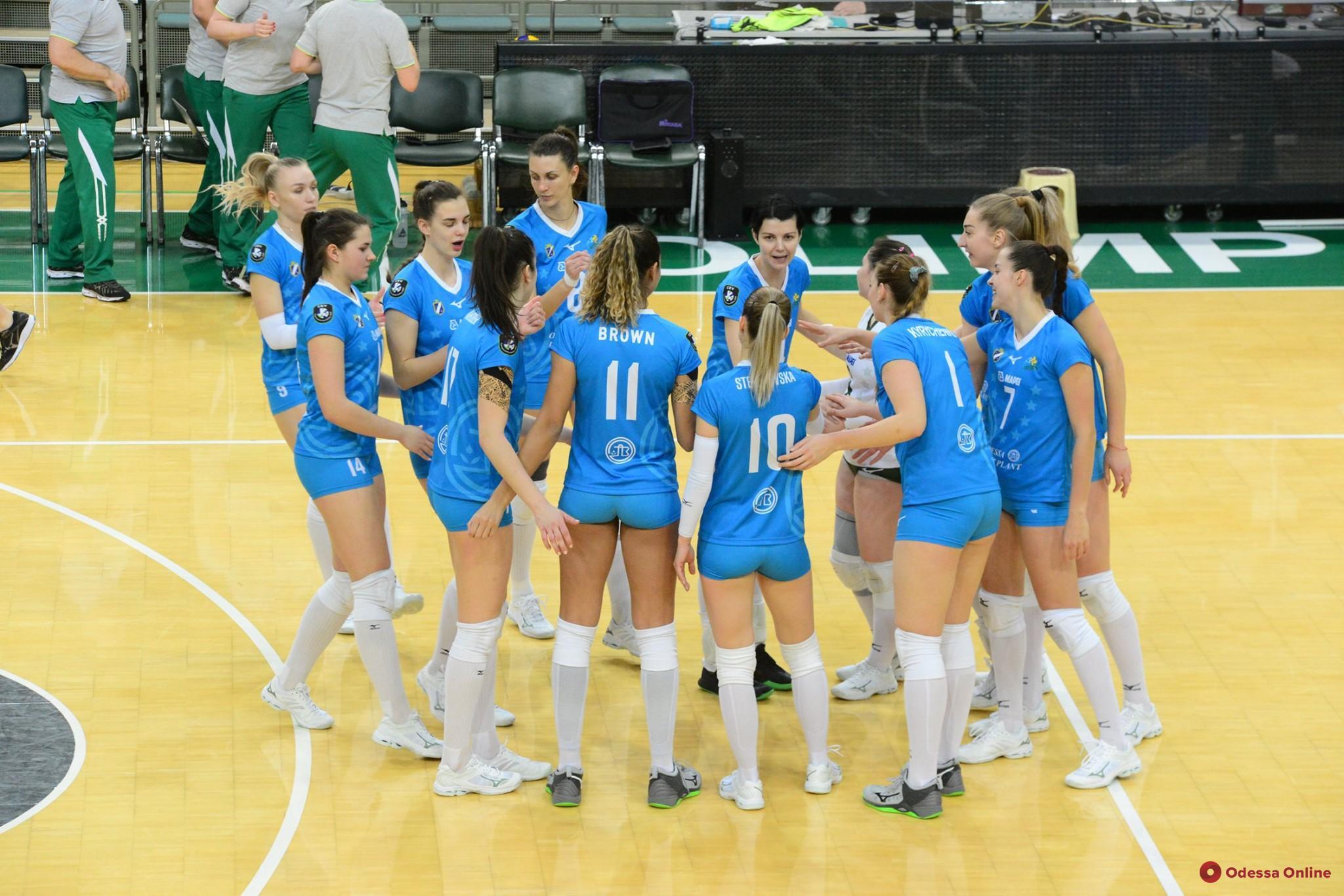 Волейбол: «Химик» менее чем за час разобрался с финалистом Кубка Украины