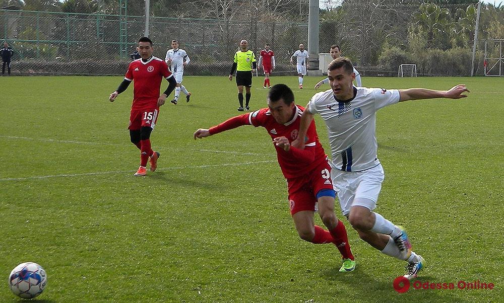 Одесский «Черноморец» уверенно обыграл «школьников» из Казахстана