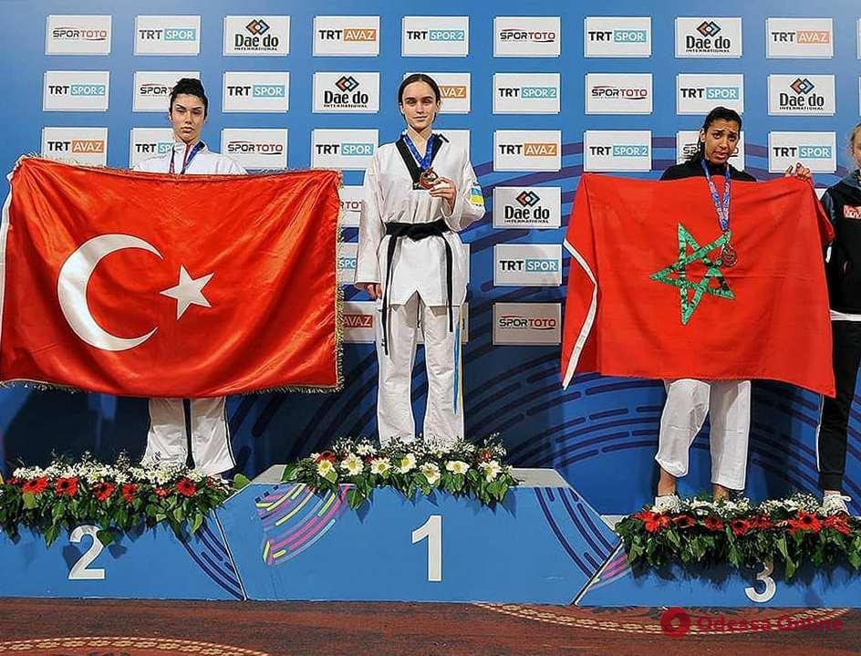 Тхэквондо: юная одесситка выиграла международный турнир в Турции