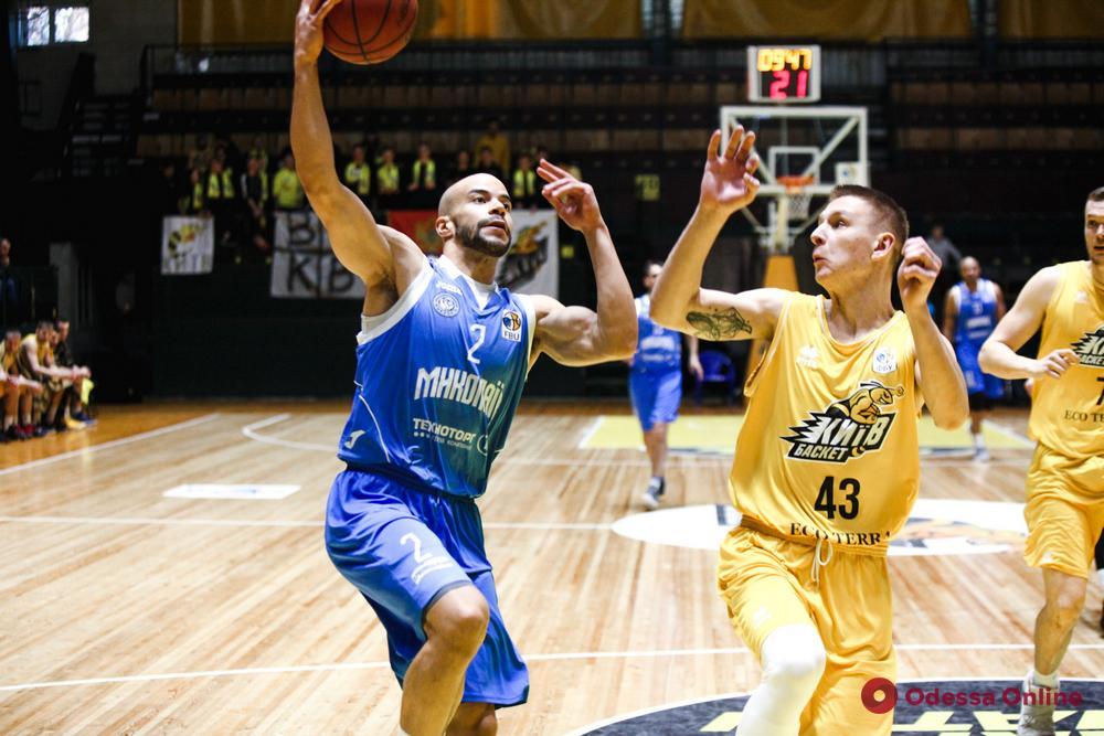 Баскетбол: «Одесса» подписала контракт с игроком сборной Нигерии