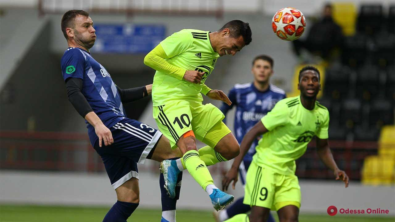 Футбол: «Балканы» с болезненным счетом проиграли в Тирасполе