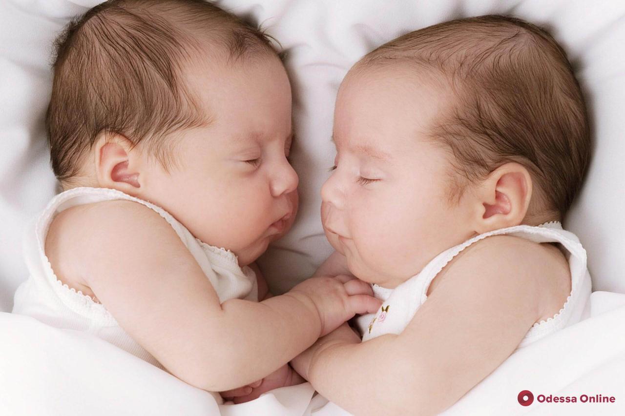 В Одессе на прошлой неделе родились четыре пары близнецов