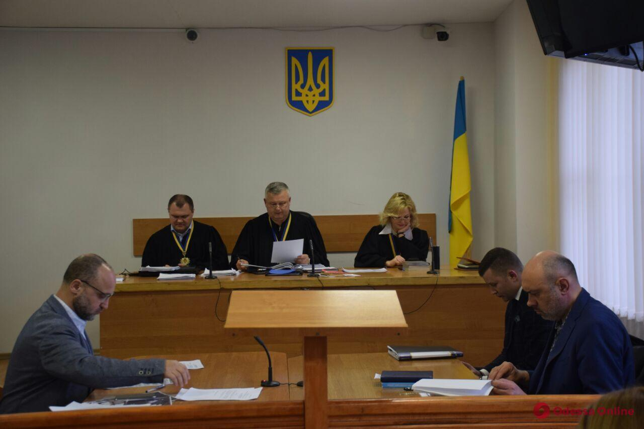 Дело «Токио Стар»: суд не снял арест с имущества Вадима Черного