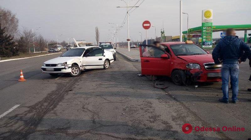 На въезде в Измаил столкнулись Chevrolet и Toyota – пострадала женщина