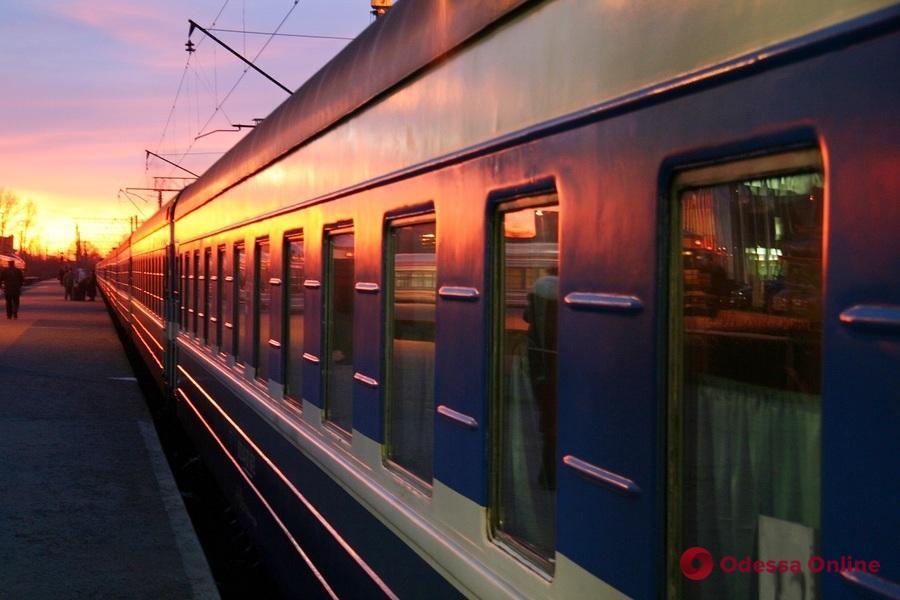 К 8 марта «Укрзализныця» назначила дополнительные поезда из Одессы