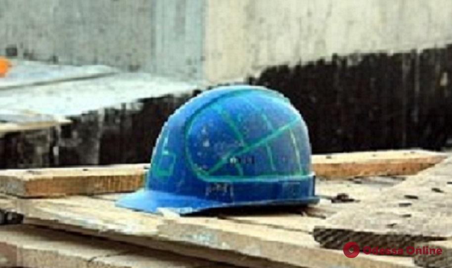 Одесский ГАСК остановил незаконное строительство на пляже в Черноморке
