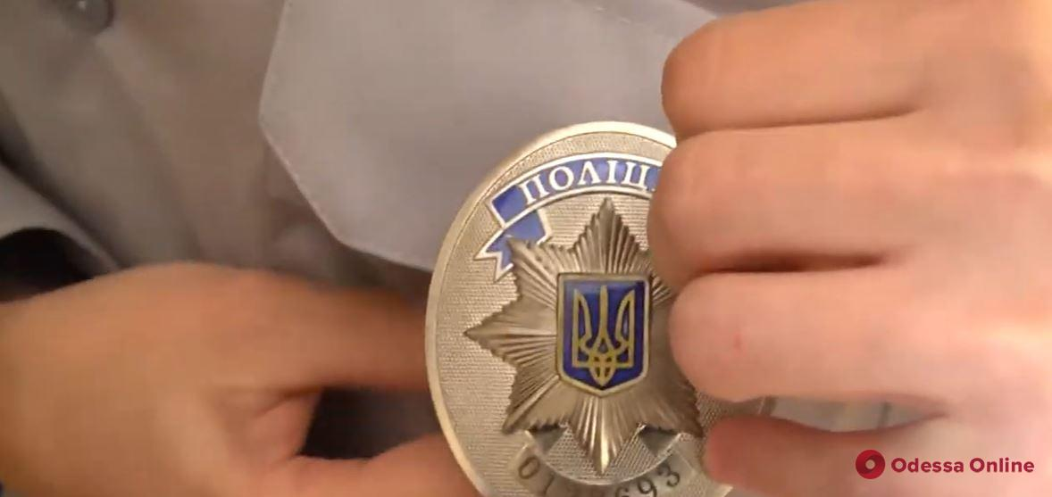 В полиции Одессы сняли трогательное видео про копов в юбках