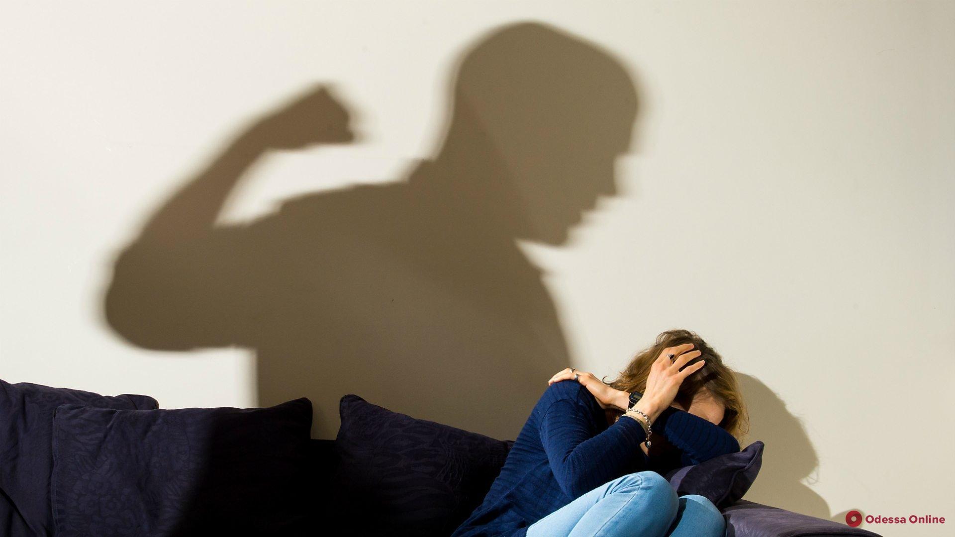 Напивается и избивает жену: в Одесской области накажут домашнего тирана