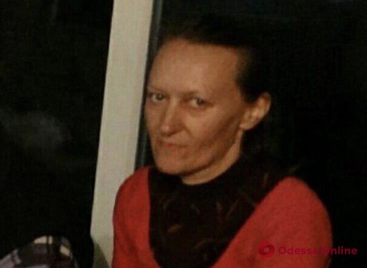 Полиция просит опознать женщину, погибшую в Ананьевском районе