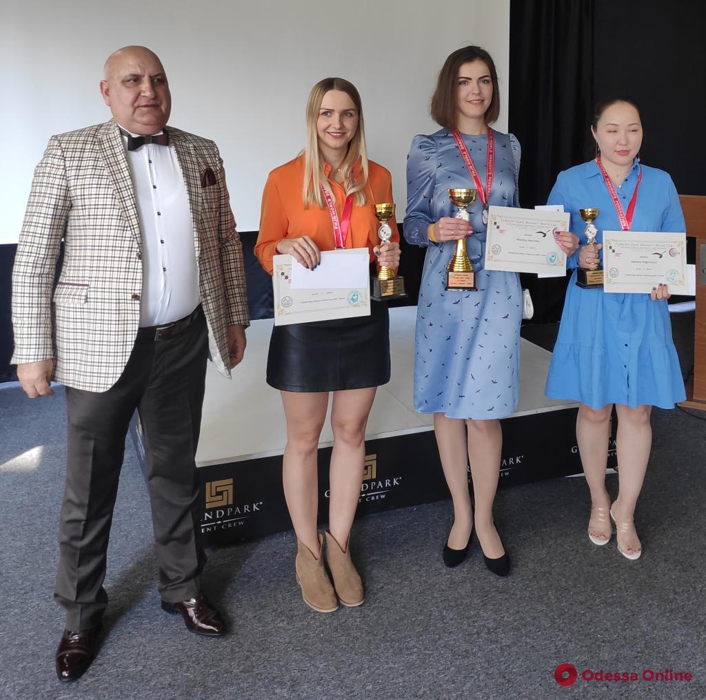 Шашки: титулованная одесситка завоевала «золото» этапа Кубка мира в Турции
