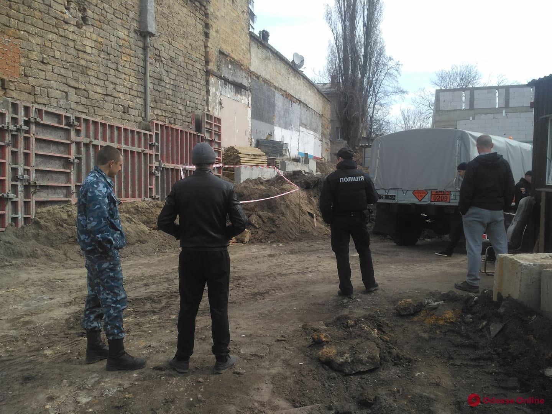 На Молдаванке нашли артснаряд времен Второй мировой войны