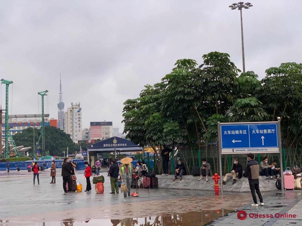 Одесситы в Китае: «Все в масках, жесткие меры, но паники нет» (фото, видео)
