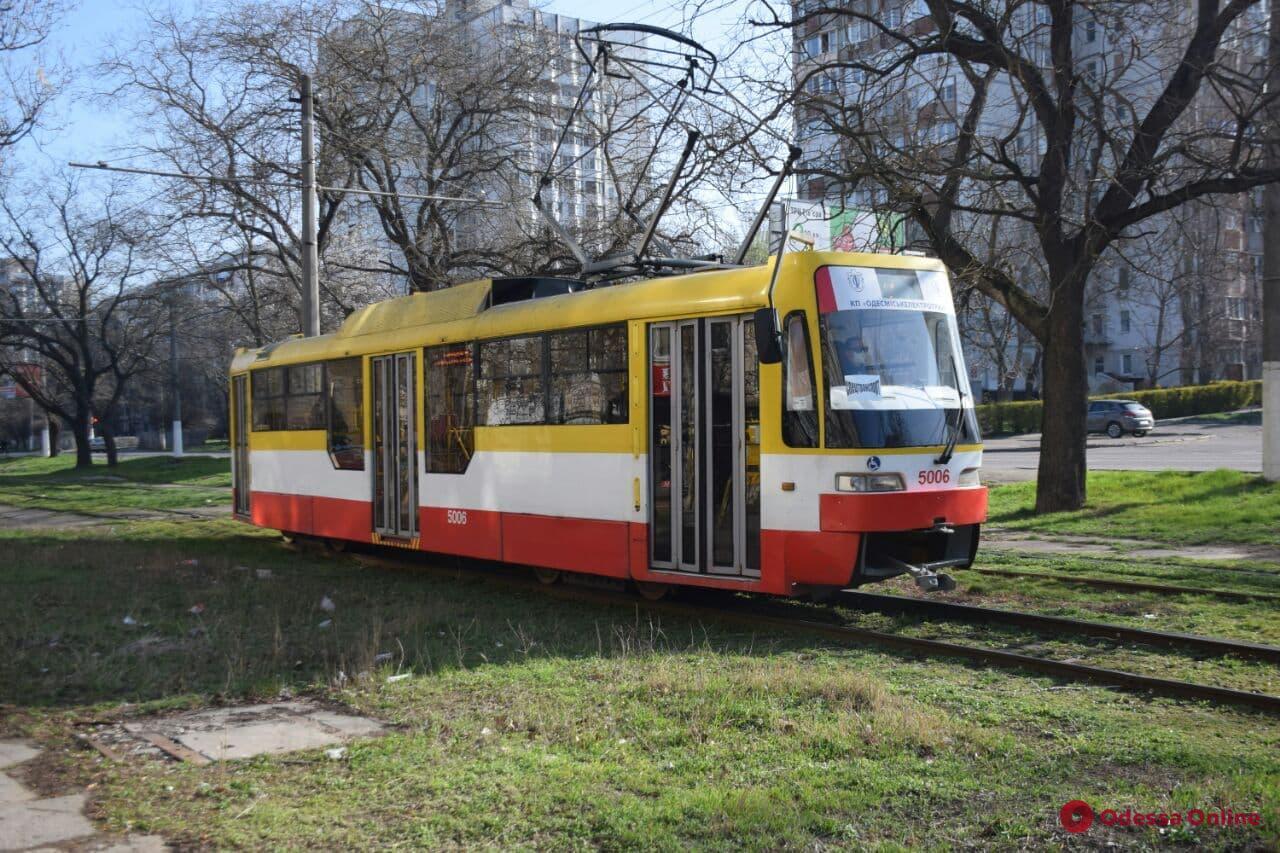 Одесский электротранспорт будет перевозить до 15 пассажиров