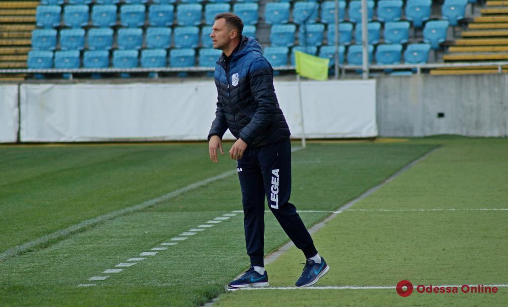 Недолго музыка играла: «Черноморец» снова лишился главного тренера