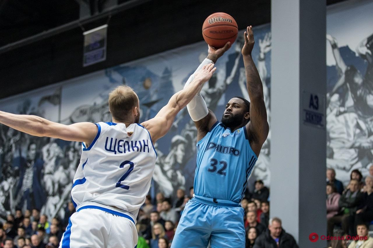 Баскетбол: представители Одесской области дружно проиграли на выезде