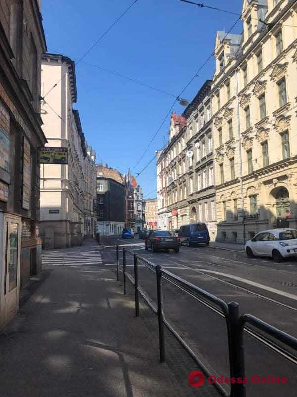 Карантин в Познани: отсутствие паники, онлайн-обучение и пугающая пустота