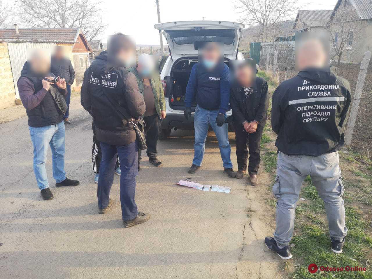 Одесская область: горе-предприниматель организовал пешеходный канал незаконной переправки граждан в Молдову