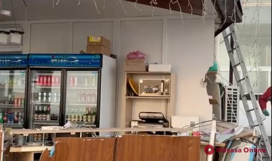 Кафе «Маячок» на Ланжероне демонтировали законно