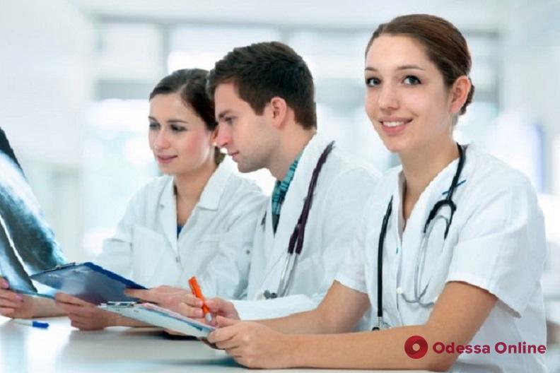 В одесскую больницу на работу планируют брать студентов медицинских вузов