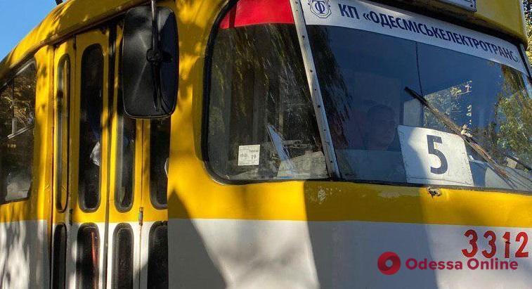 Из-за двух ДТП на Пантелеймоновской не ходят трамваи