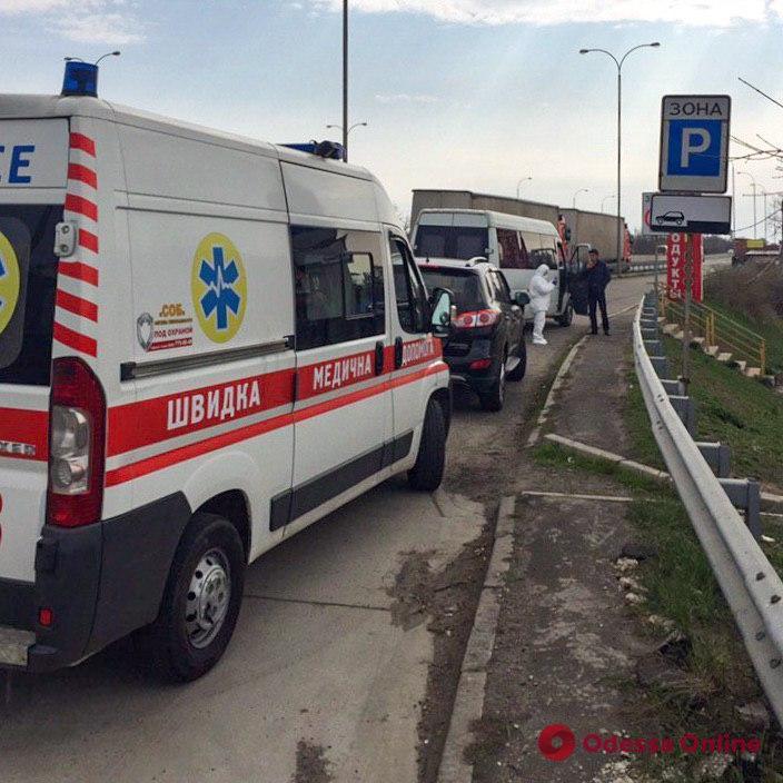 Застрявшим на границе с Польшей жителям Одесской области помогли вернуться домой