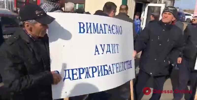 Рыбаки снова перекрыли трассу Одесса—Рени