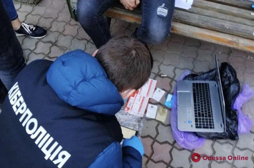 В Одесской области задержали мошенников, продававших поддельные талоны на горючее