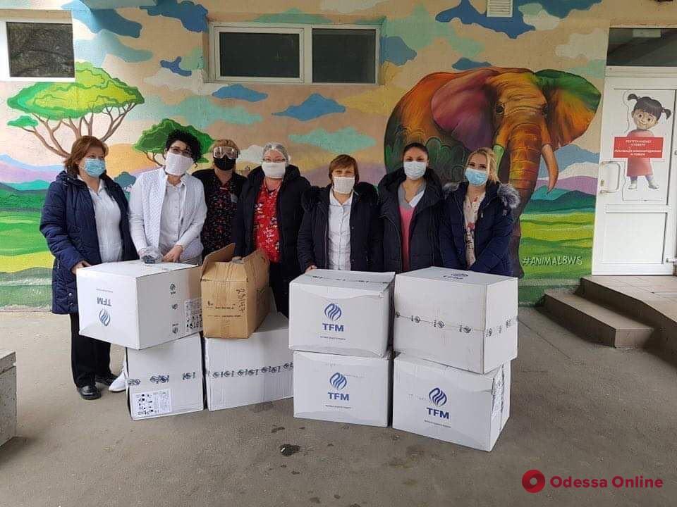 Одесский порт и стивидоры помогают в борьбе с коронавирусом