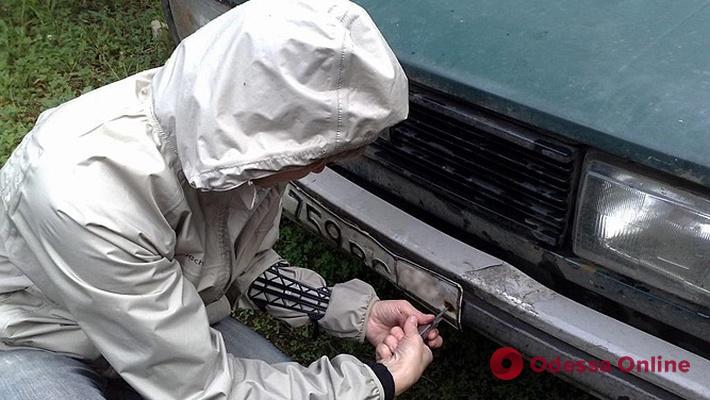 В Одессе поймали похитителя автономеров