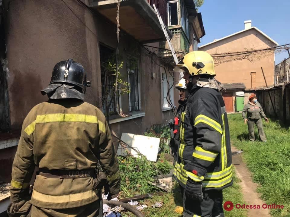 На Пересыпи горел жилой дом (фото)