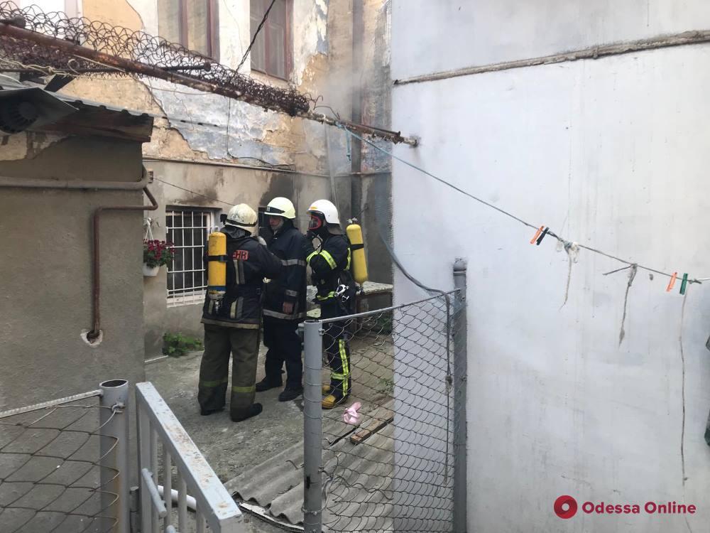 При пожаре в районе Нового рынка пострадала женщина